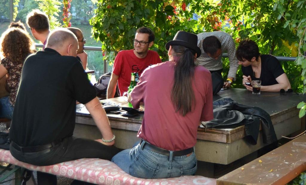Busy Gbanga Famiglia players at the Gbanga Meetup in Zurich